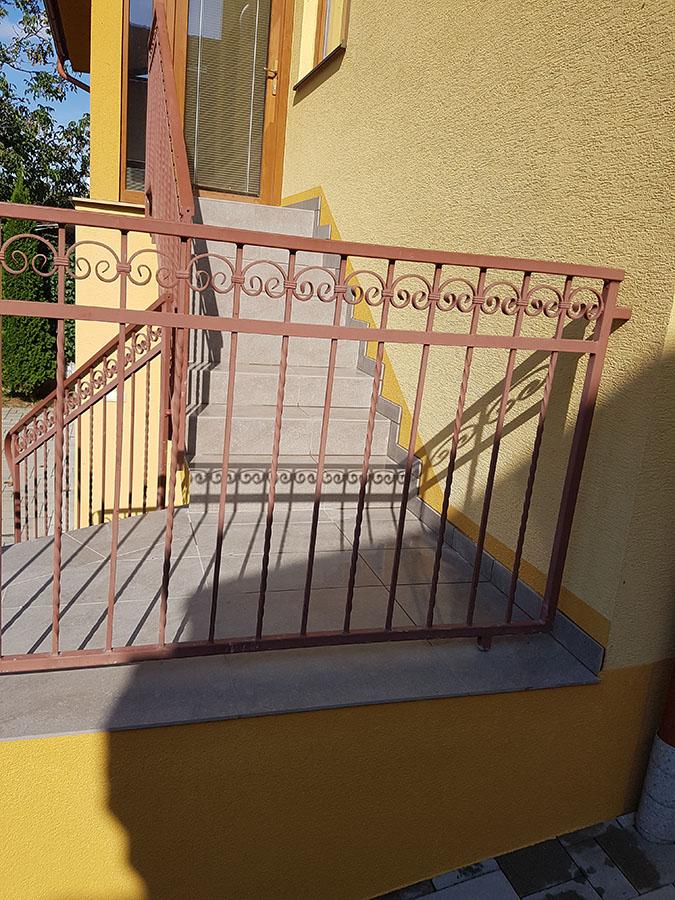 renovácia schodov 10