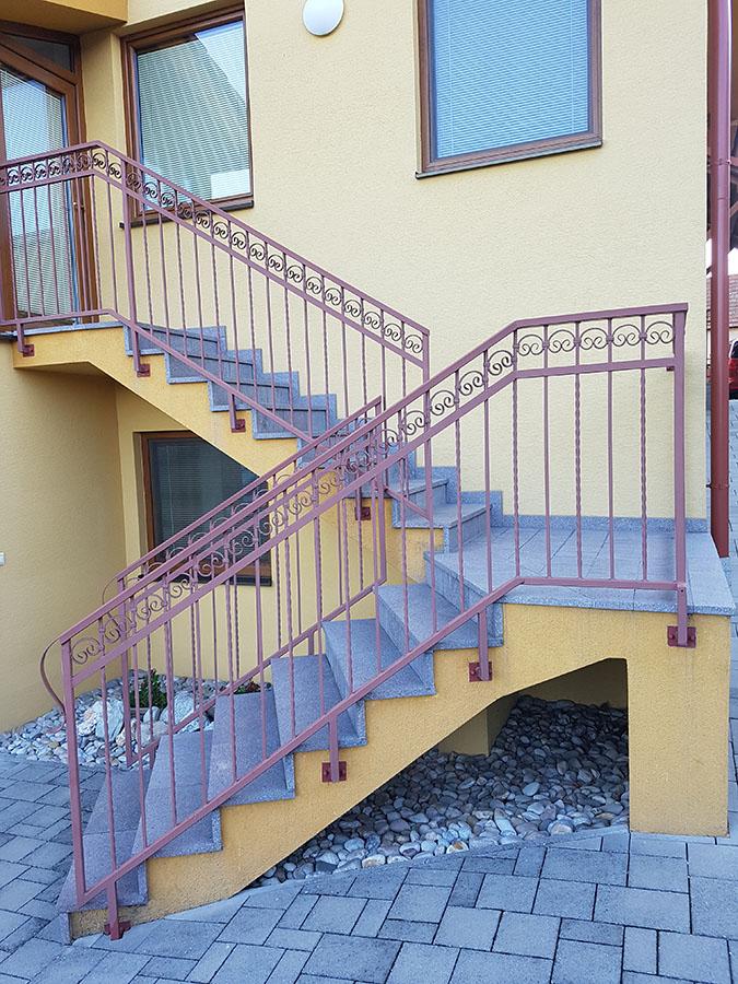 renovácia schodov