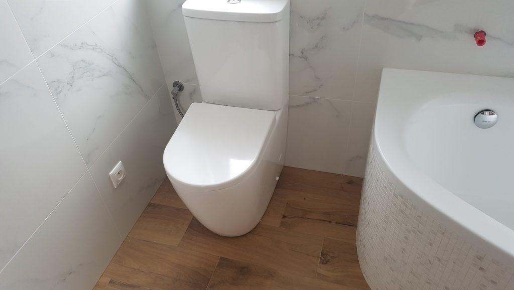 kúpelna pohladový obrázok (Bat)