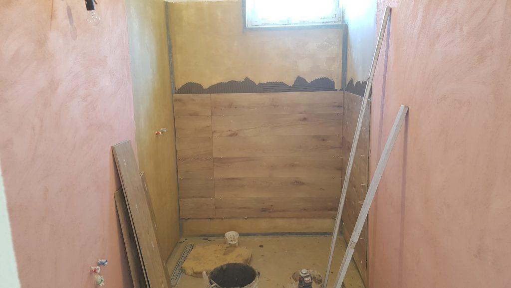 lepenie obkladov v kúpeľne (vr...a)
